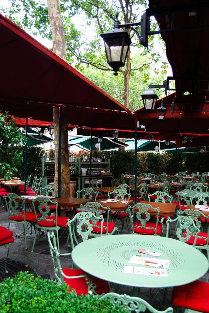 Kawiarenka w Paryżu