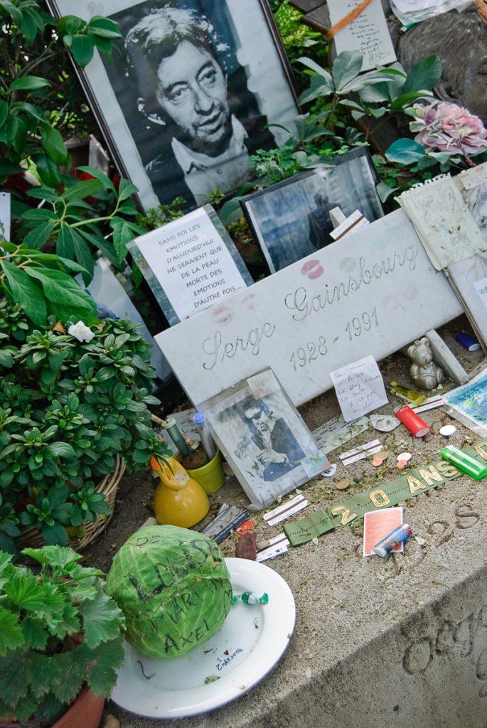 Grób Gainsbourga na cmentarzu Montparnasse