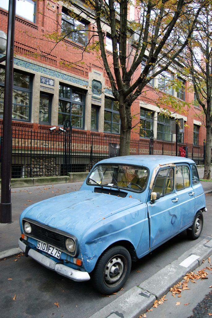 Renault 4 w Paryżu