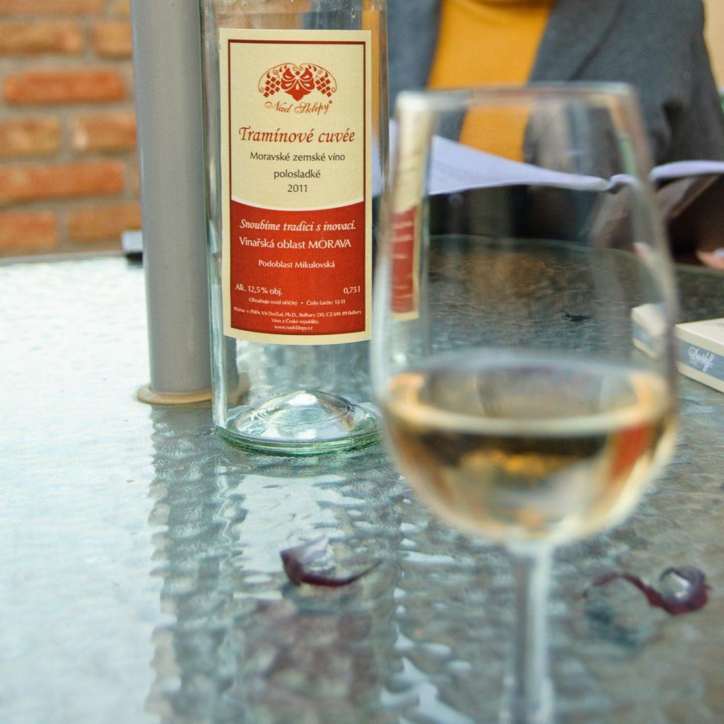 Wino tramínové Nad Sklepy