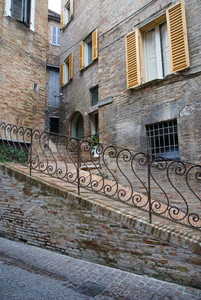 Okiennice w Urbino