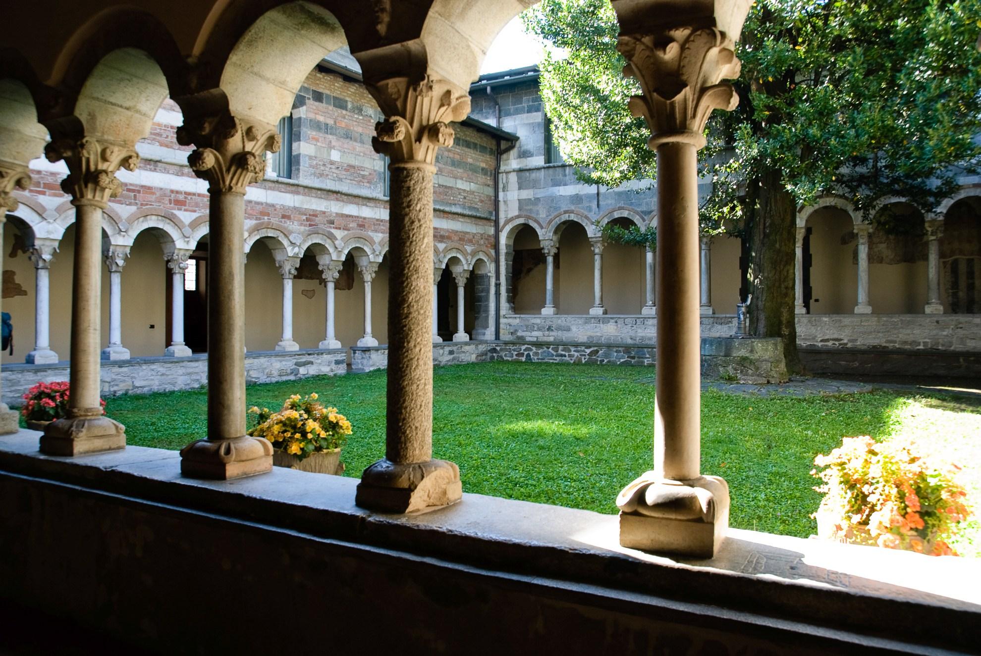 Krużganek w Abazzia di Piona