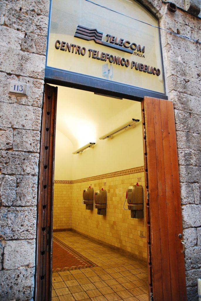 Siena - publiczne automaty telefoniczne