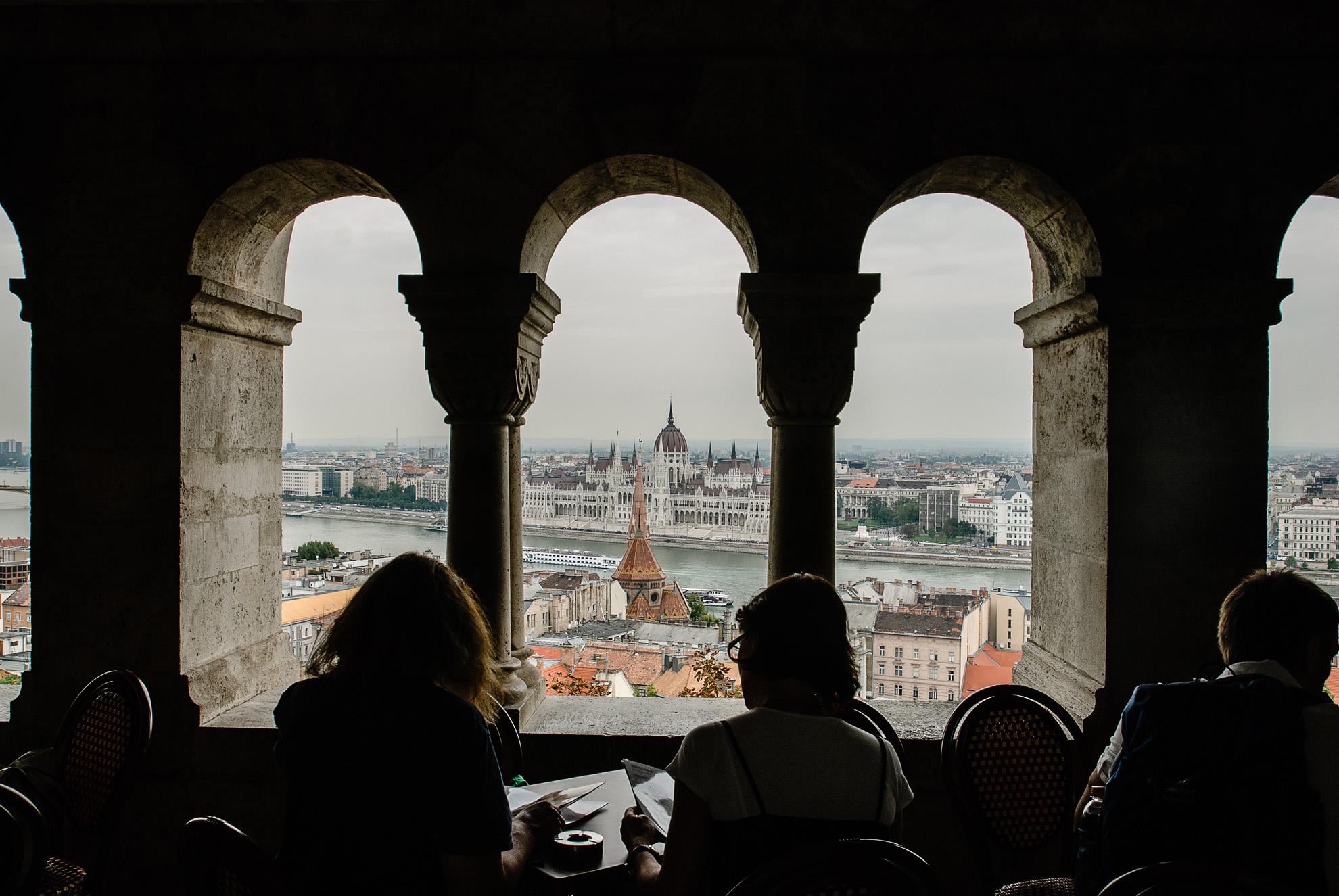 Widok z Góry Zamkowej na Parlament w Budaszcie