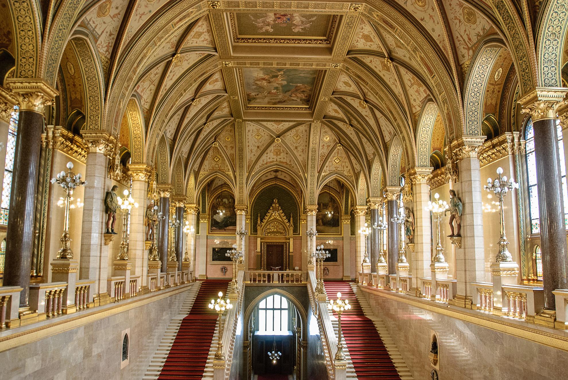Wnętrze parlamentu w Budapeszcie