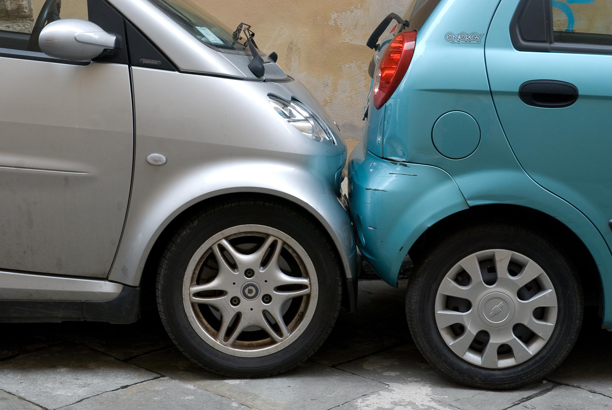 Włochy - parkowanie na styk