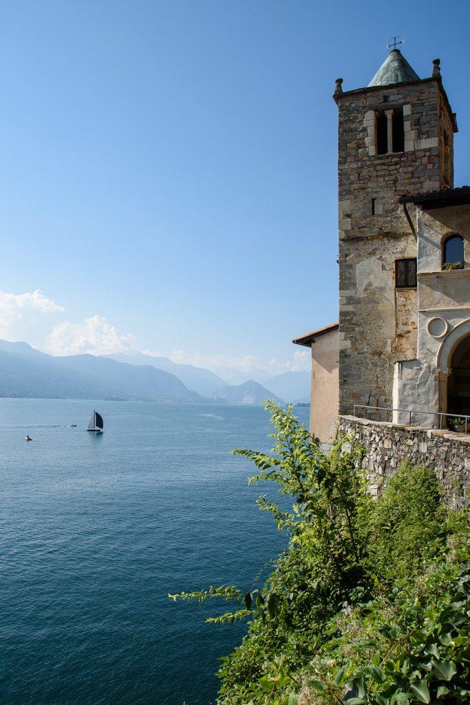 Eremo di Santa Caterina del Sasso nad Lago Maggiore