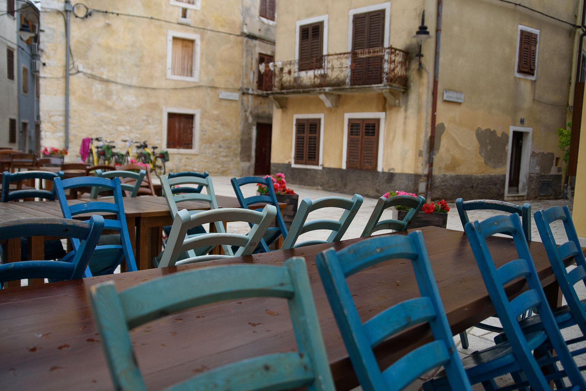 Kawiarnia w Fažanie