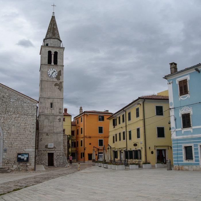 Fažana i kościół św. Kosmy i Damiana