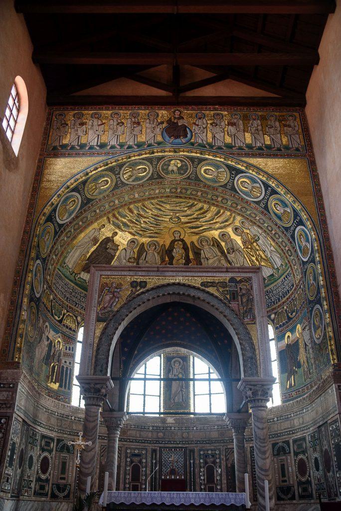 Ołtarz w Bazylice Eufrazjusza w Poreču