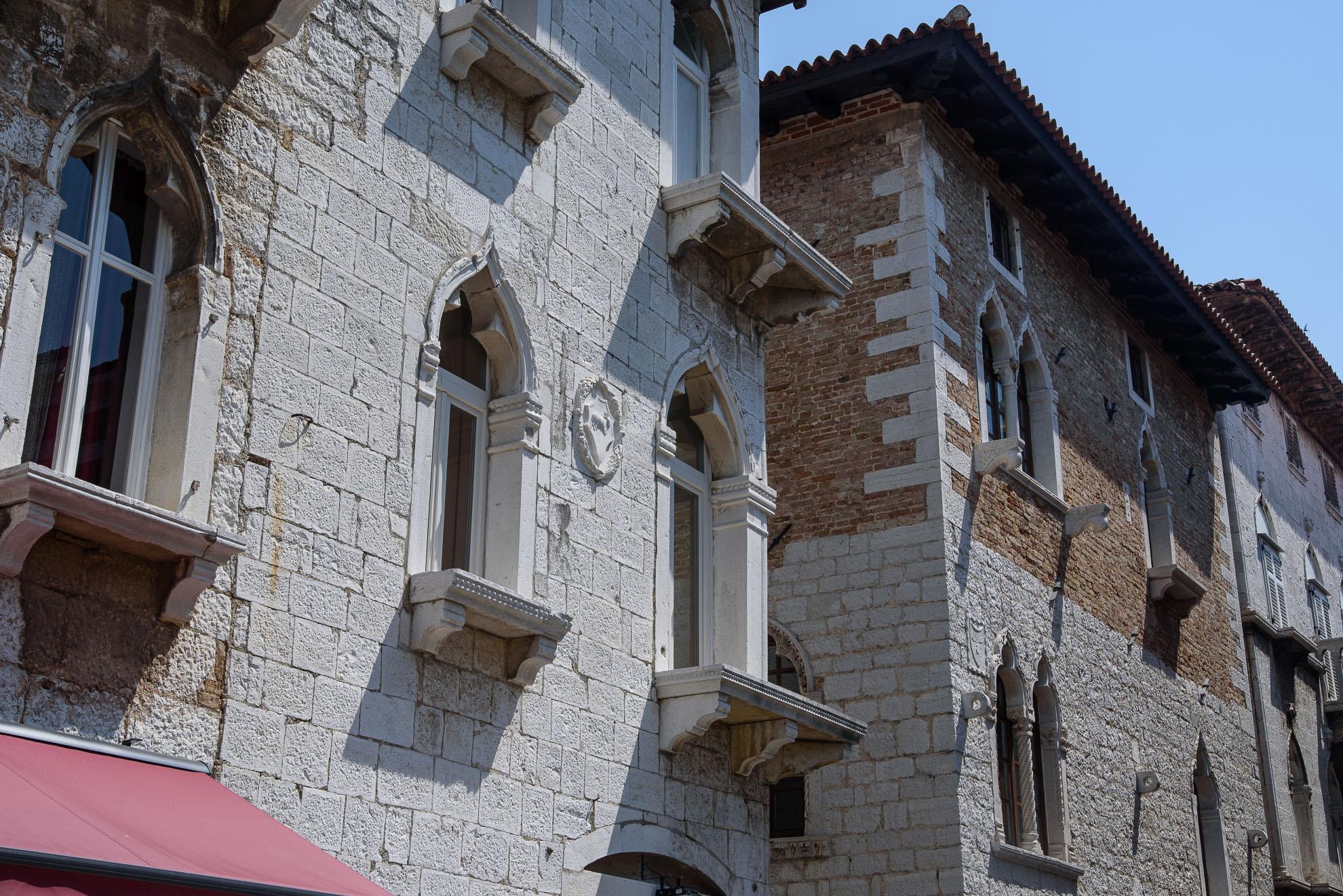 Poreč - weneckie wpływy widoczne w architekturze niektórych kamienic