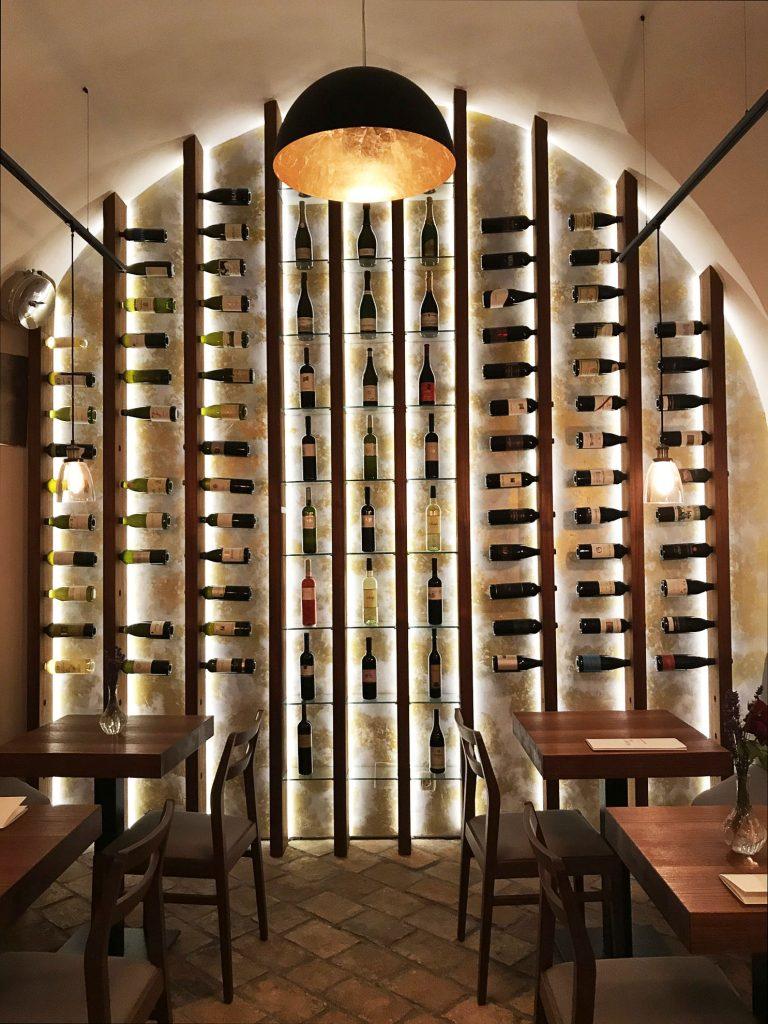 Wine Bar Šuklje w Lubljanie