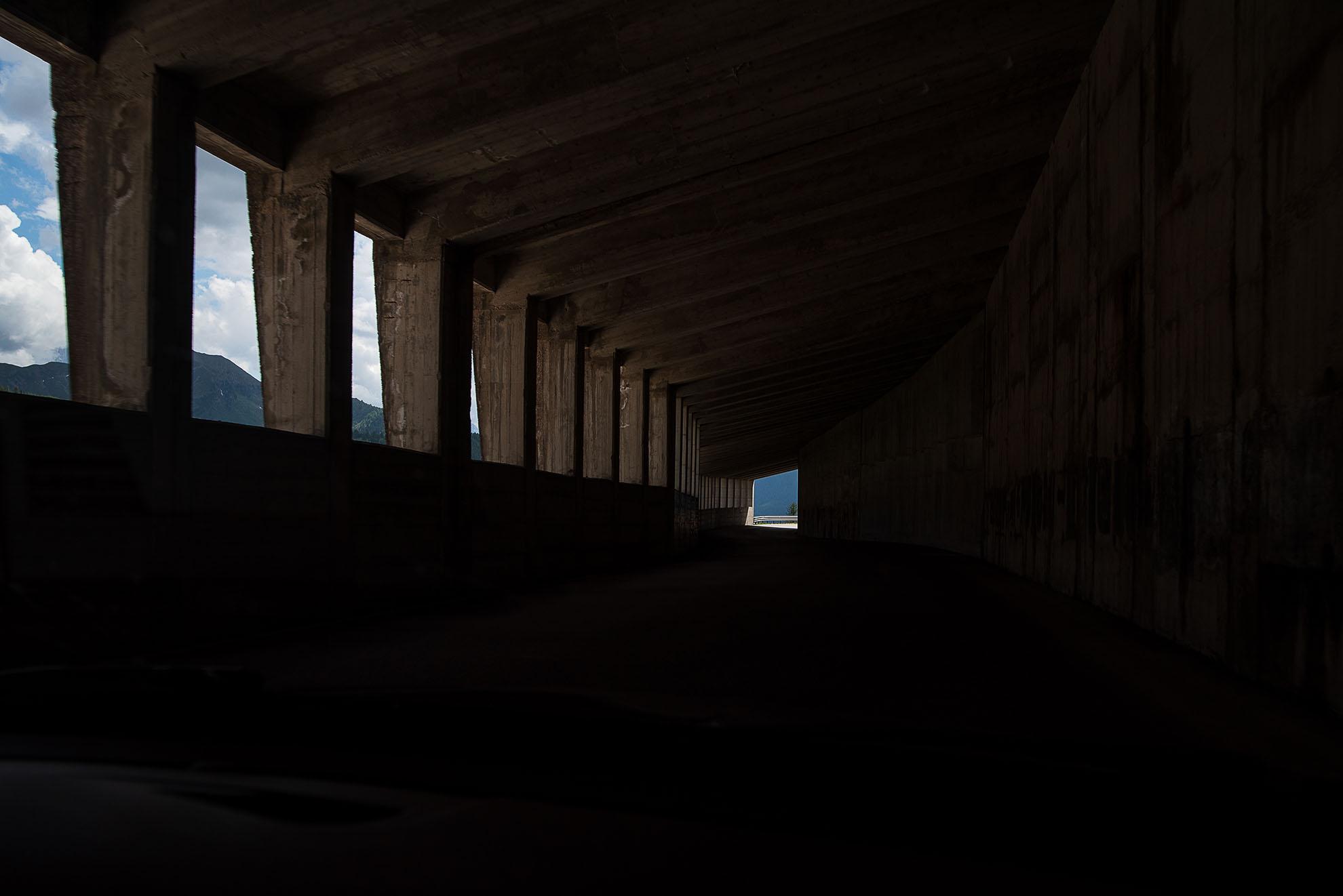 Tunel w pobliżu Passo Valparola