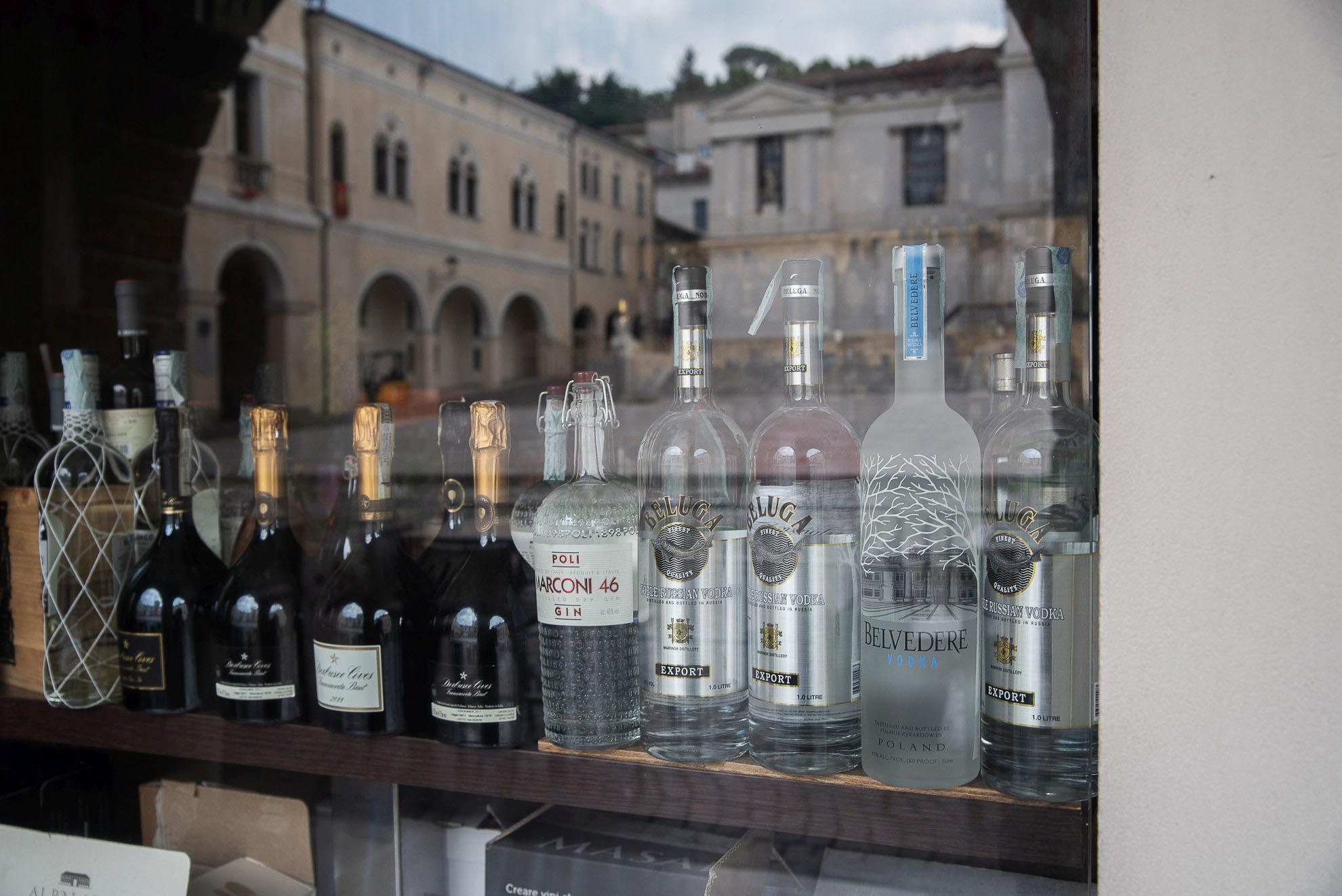 Polska wódka Belvedere w sercu produkcji prosecco - Valdobbiadene-Conegliano
