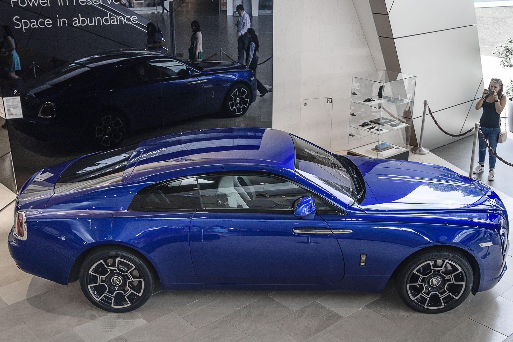 BMW Welt i Rolls Royce Wraith