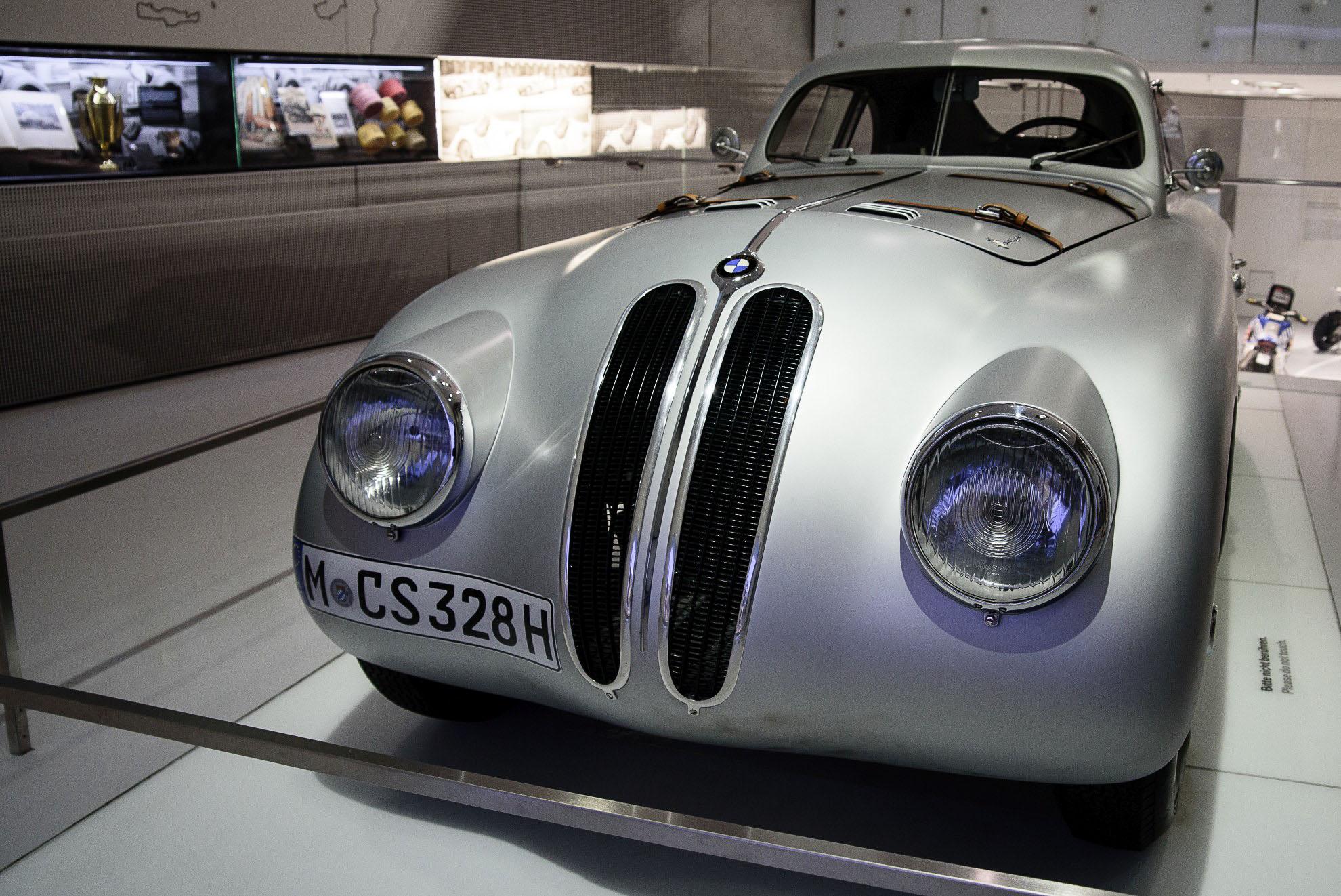 BMW 328 Coupe w Muzeum BMW w Monachium