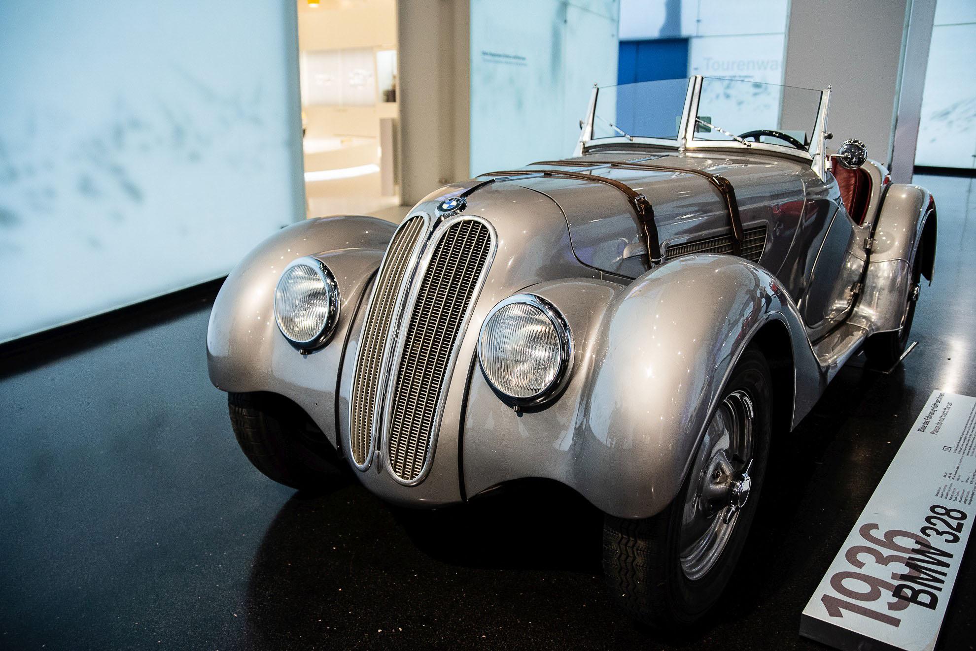 BMW 328 z 1936r. w Muzeum BMW w Monachium