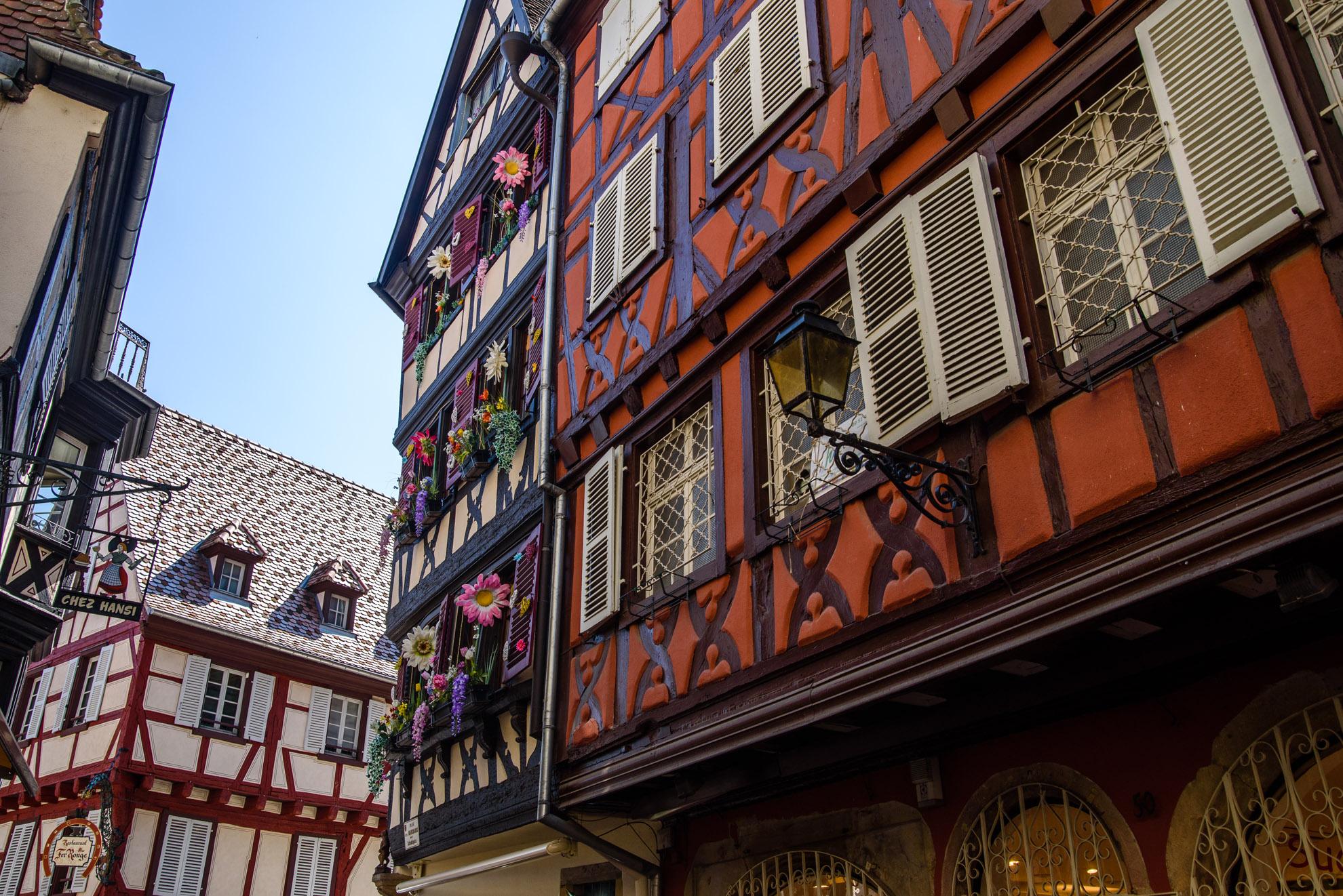 Szachulcowe budowle w Colmarze
