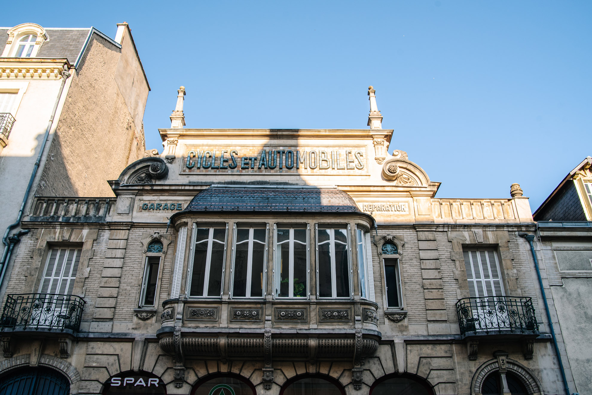 Dijon - kamienica - najwyraźniej dawniej mieściła warsztat