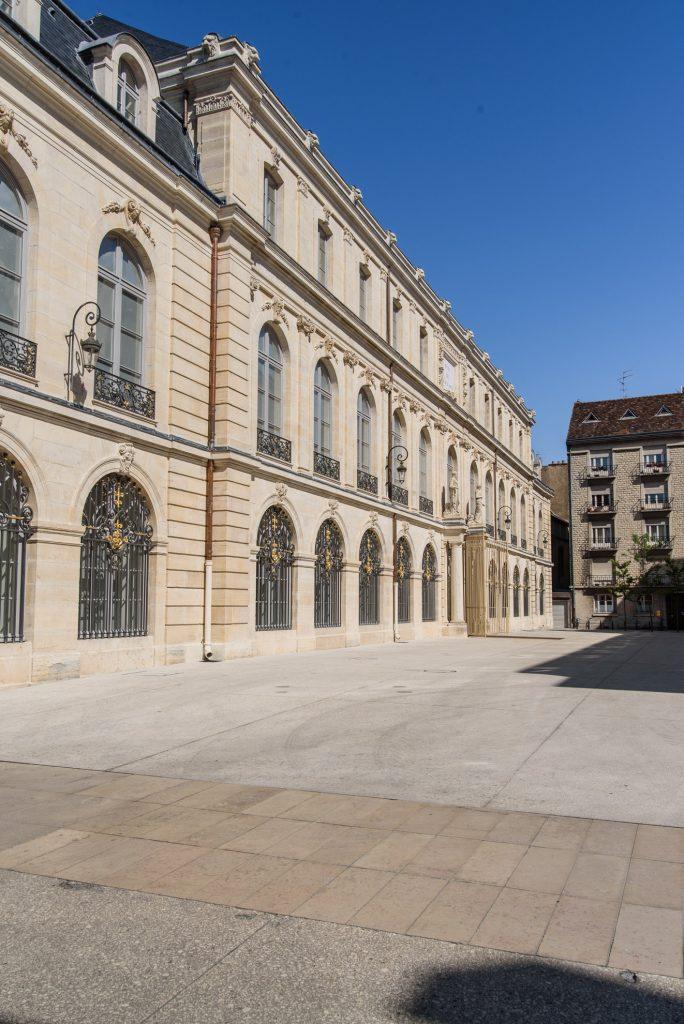 Pałac książąt burgundzkich w Dijon