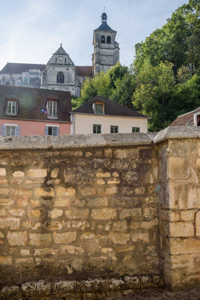 Tonnerre - widok na Église St. Pierre