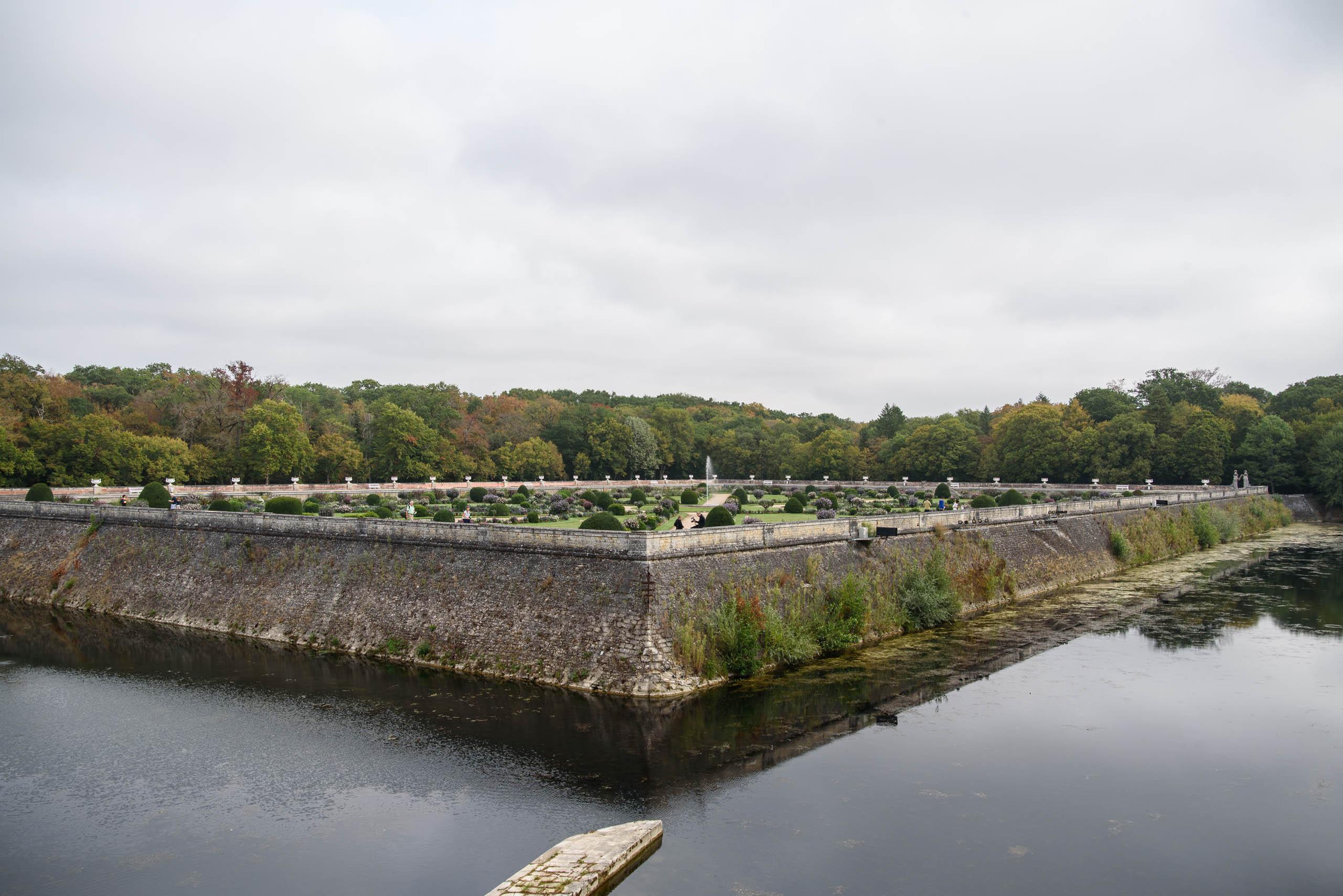Ogrody Diany de Poitiers przy Château de Chenonceau