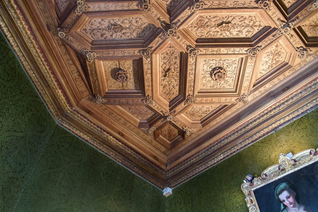 Sufit biblioteki w zamku Chenonceau