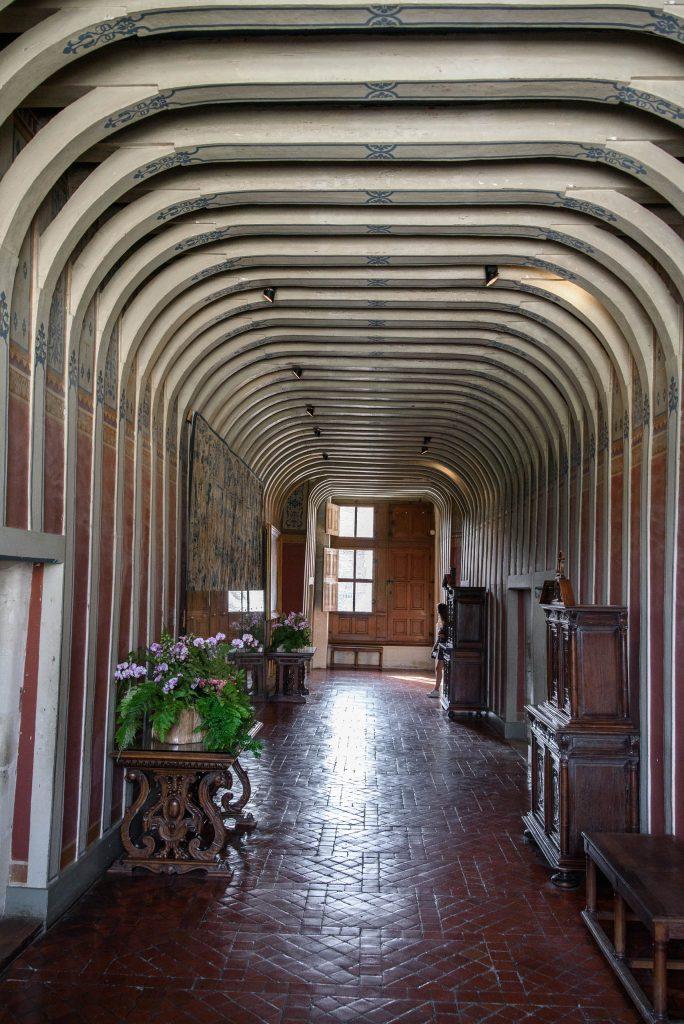 Korytarz na drugim piętrze zamku Chenonceau
