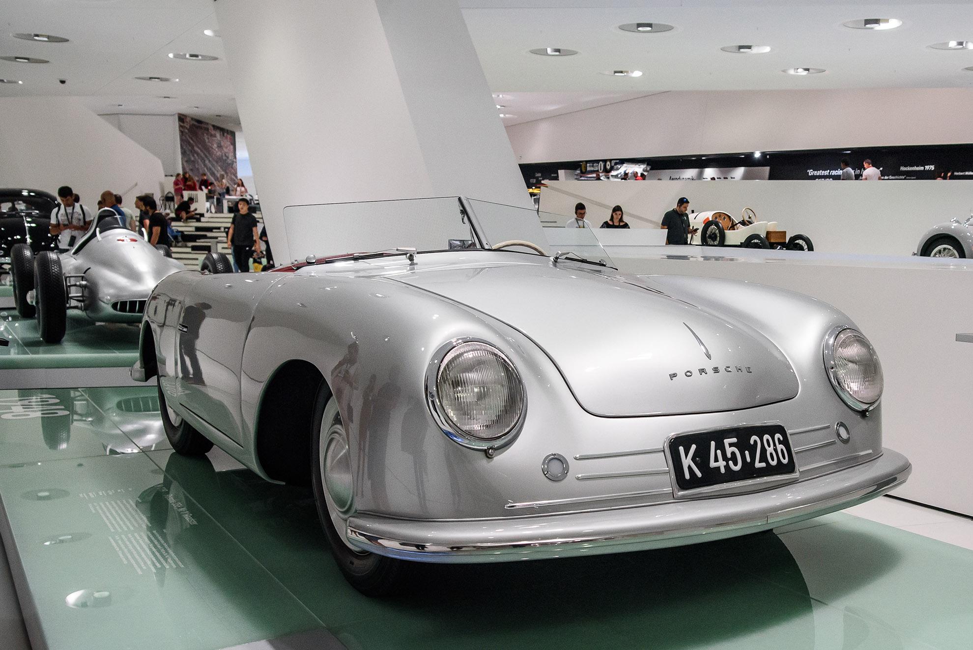Porsche 356 No.1 Roadster
