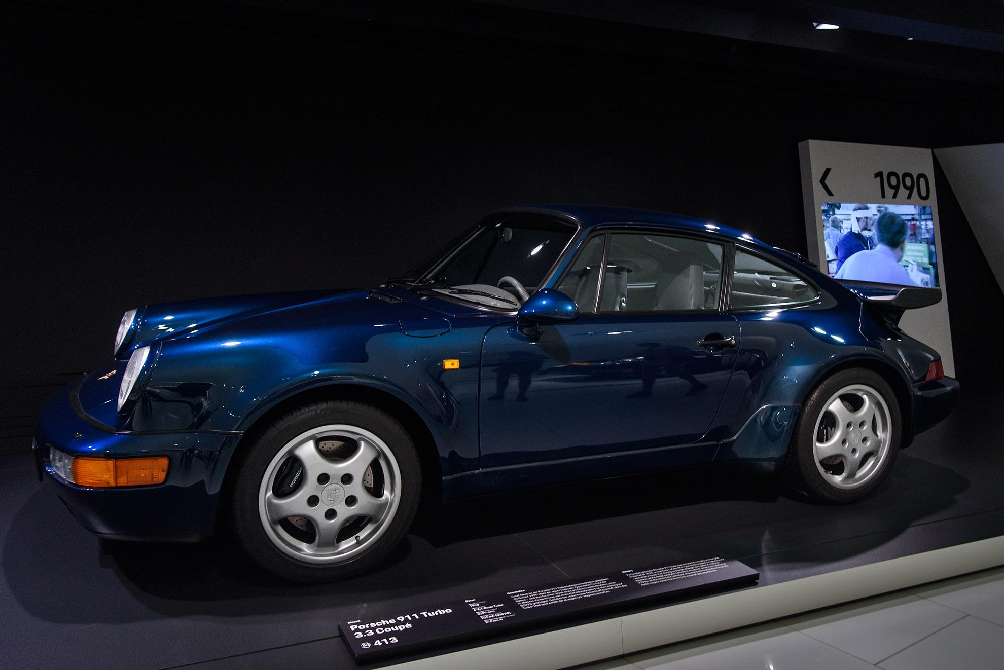 Porsche 911 Turbo 3.3 Coupé(964)