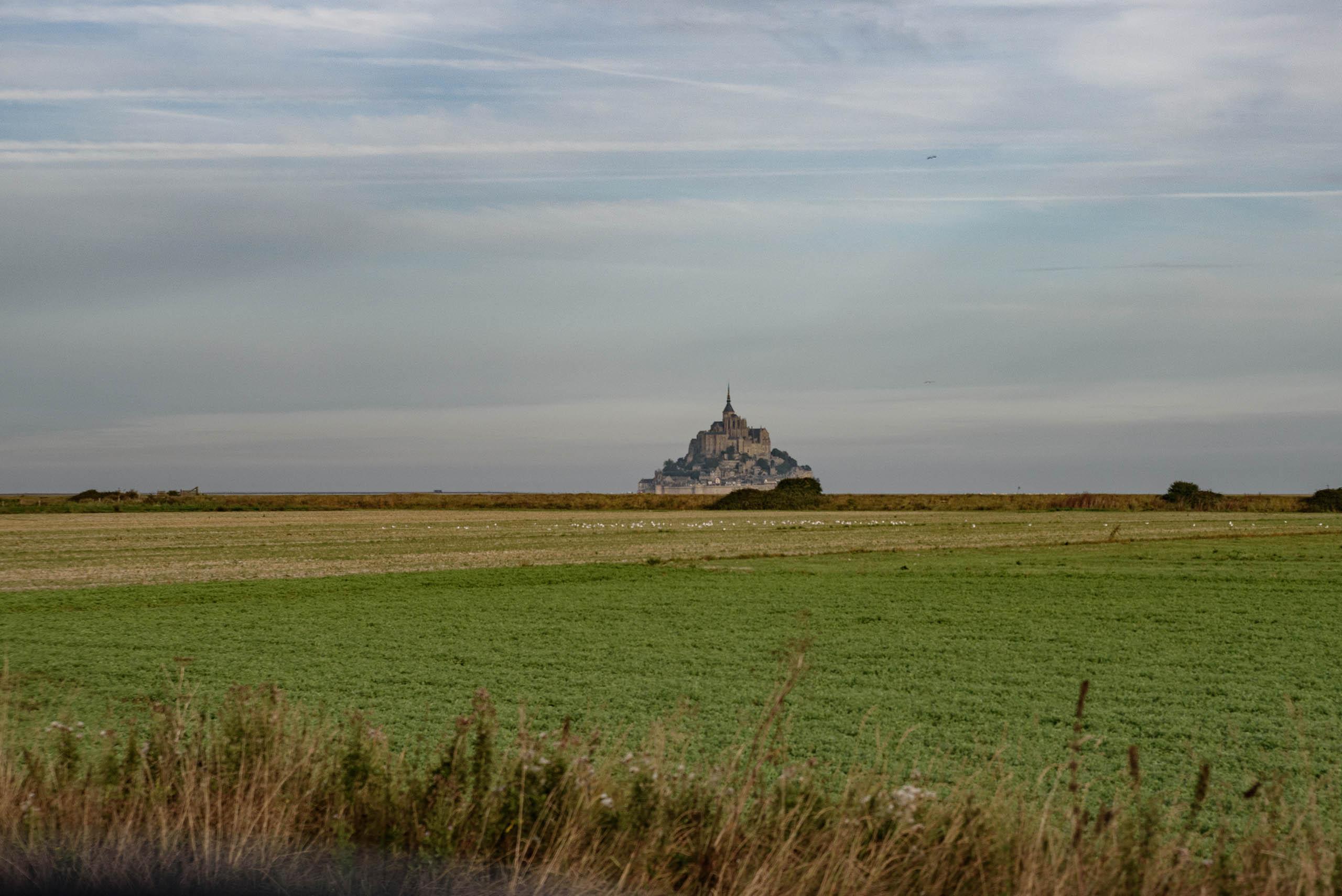 Mont Saint-Michel widoczny z oddali