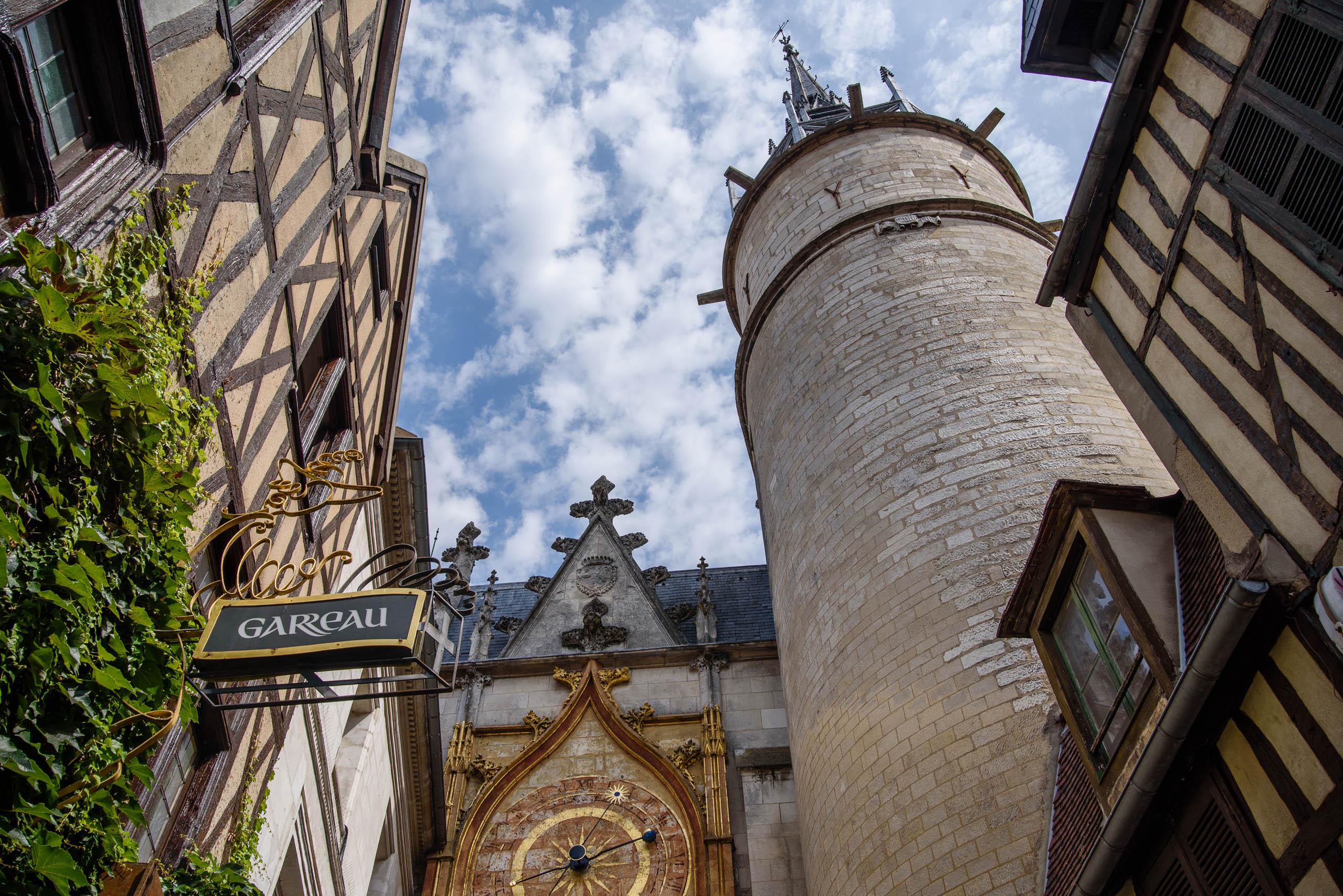 Auxerre - Wieża zegarowa