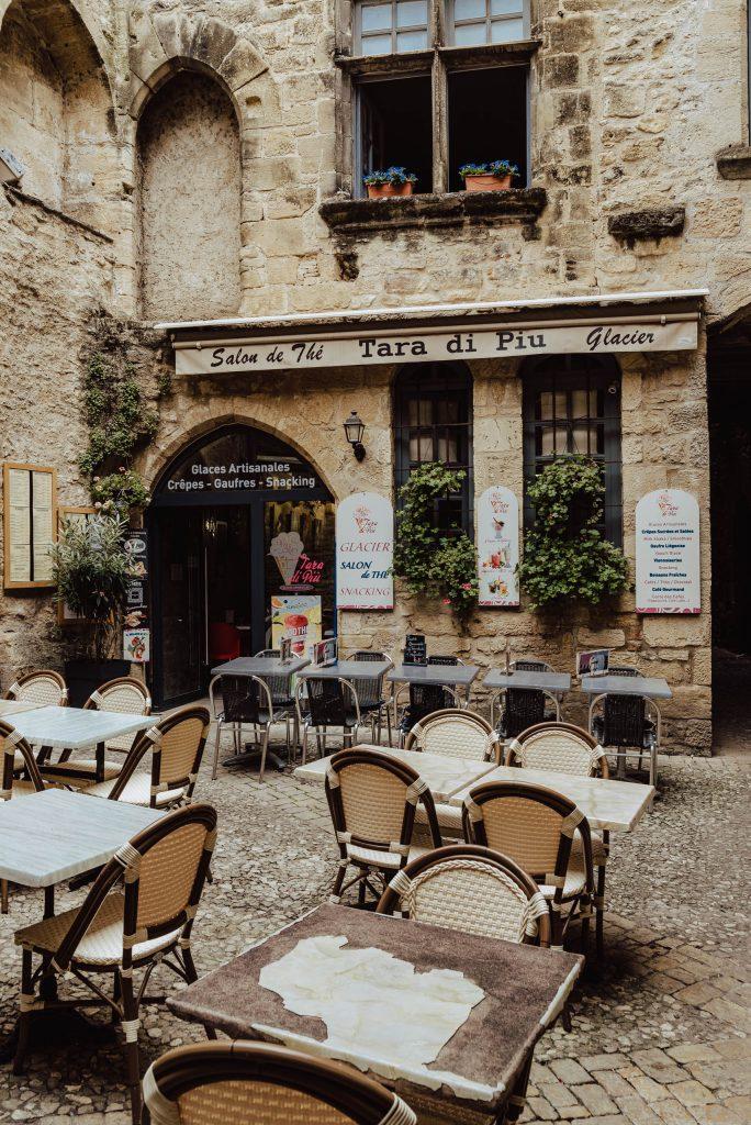 Kawiarnia w Sarlat-la-Canéda