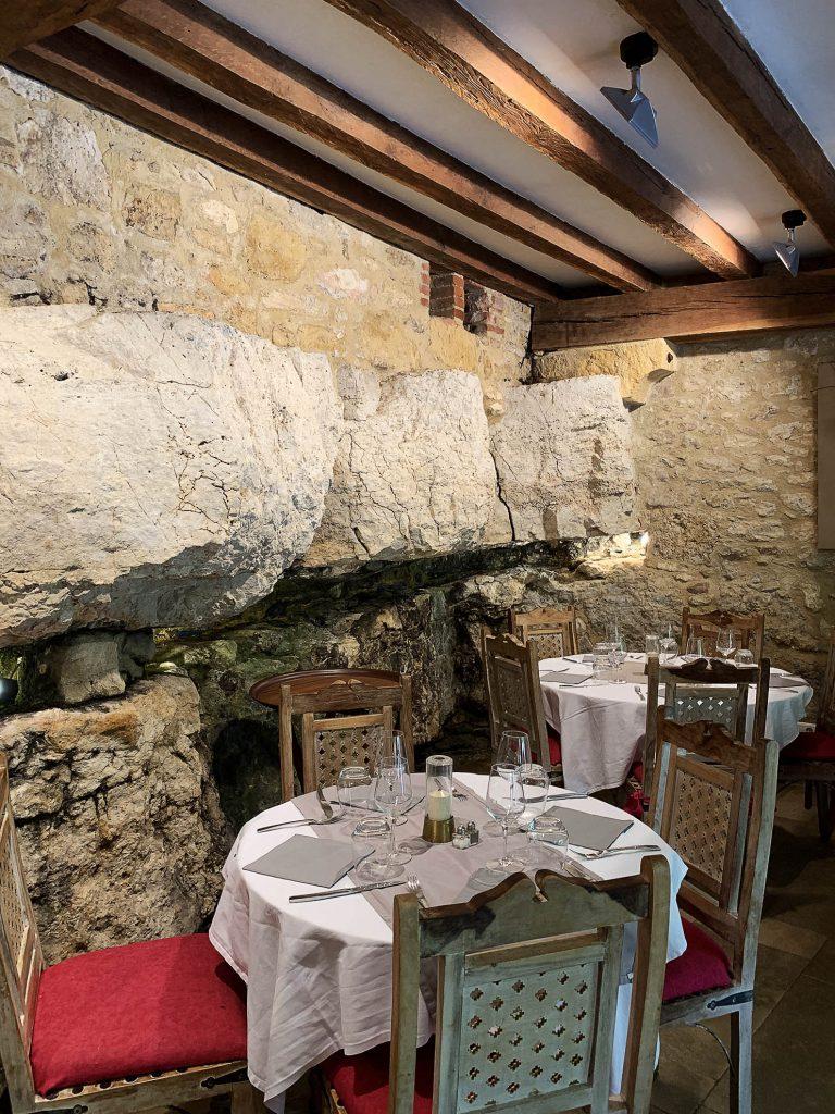 Restauracja w Beynac-et-Cazenac